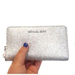 Michael Kors Silver Glitter Giftable Wristlet